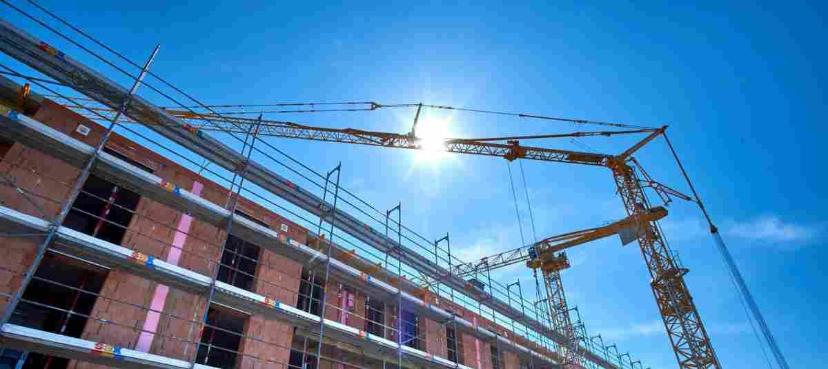Nachhaltige und hochwertige Gebäude entstehen aktuell in Gottfrieding