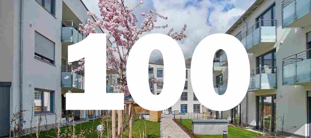 Generationenpark Großmehring mit Pflegeheim im Bildhintergrund – 100. Senior ...