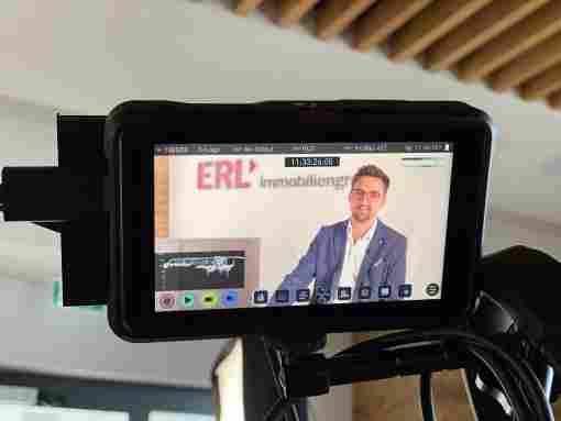 Markus Egger, Prokurist der Erl Immovermittlung GmbH, bei Video-Aufnahmen fü ...
